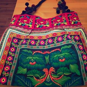 Handbags - NWOT Tote Purse